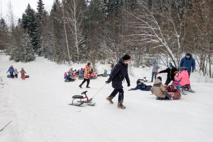 На «диких» снежных склонах Добрянки можно получить травмы