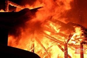 В Добрянском округе сгорел дом
