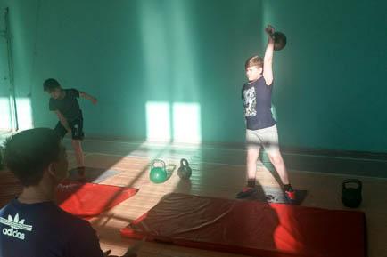 Силачи из Добрянки и Ярино отличились на соревнованиях в Красновишерске