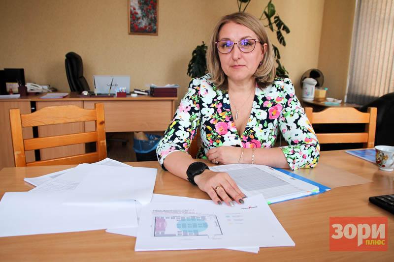 Директор Добрянской школы № 3 Искра Зорина