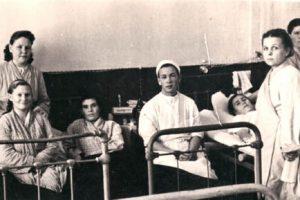 Какие врачи работали в Добрянской больнице в середине прошлого века