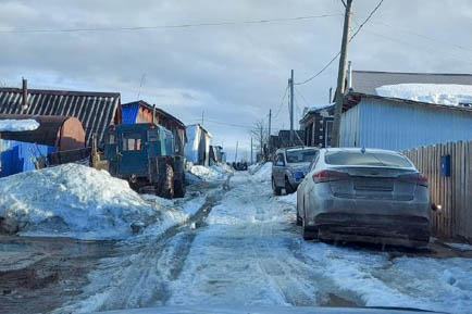С таянием снега в Добрянке начало подтапливать жилые дома частного сектора