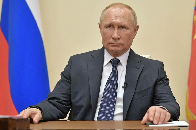 Путин заявил о завершении периода нерабочих дней в стране