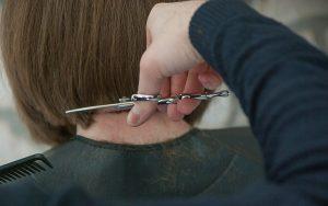 Когда в Добрянке откроются парикмахерские?
