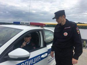 В Добрянке сотрудники ГИБДД вернули домой трёхлетнего ребёнка