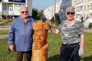 Общественники облагораживают сквер в Добрянке
