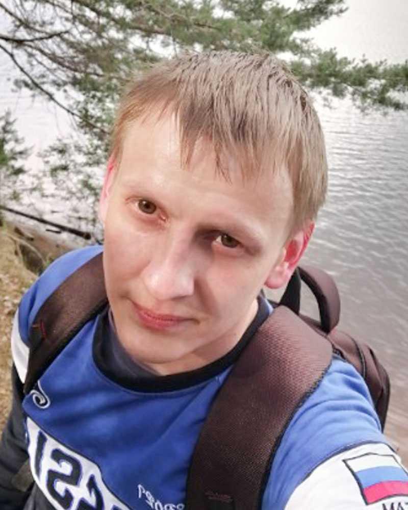 Денис Елькин